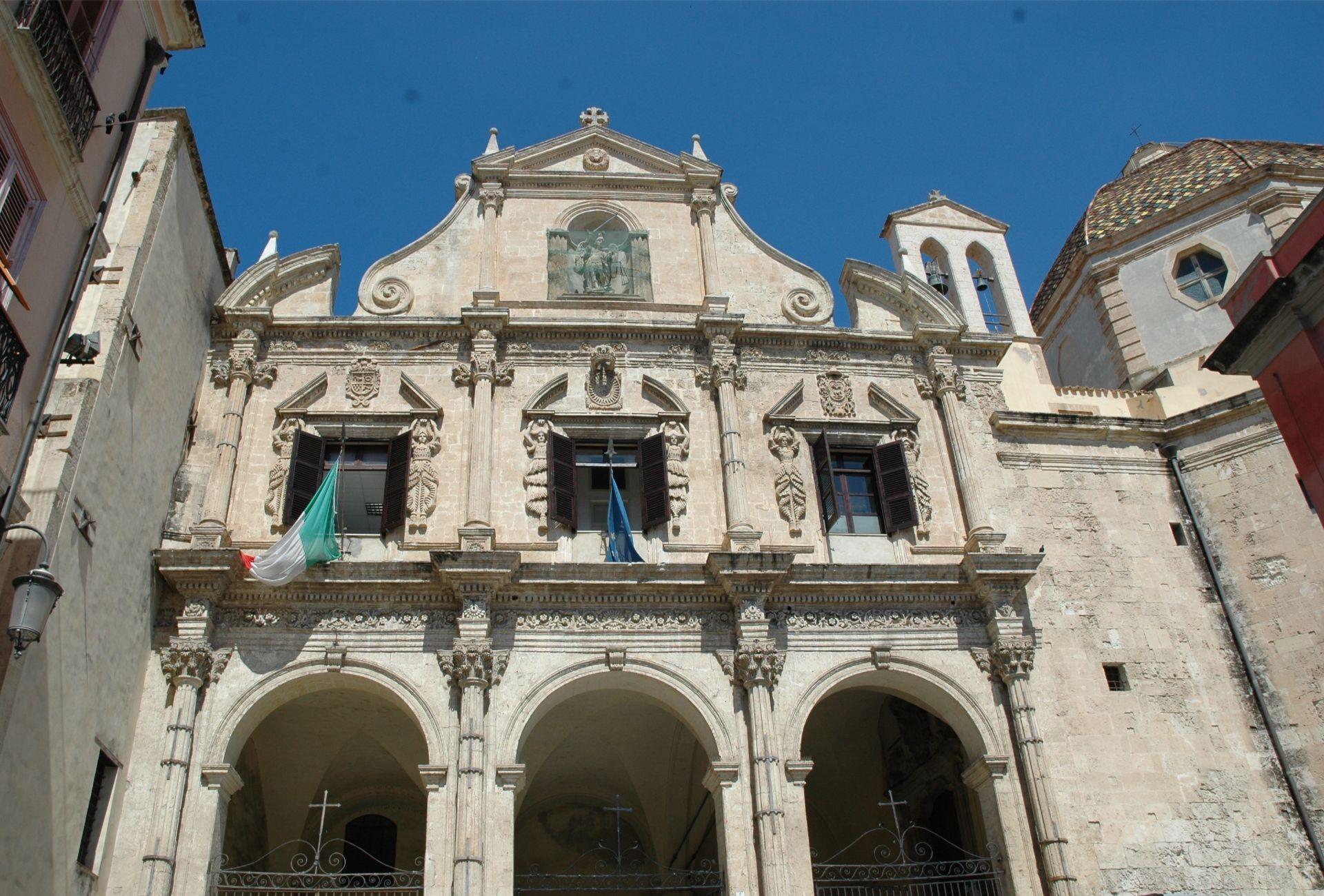 La facciata della chiesa di san Michele a Cagliari